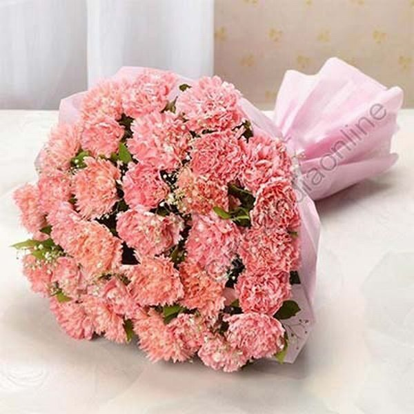 bouquet of 20 Peach Carnations