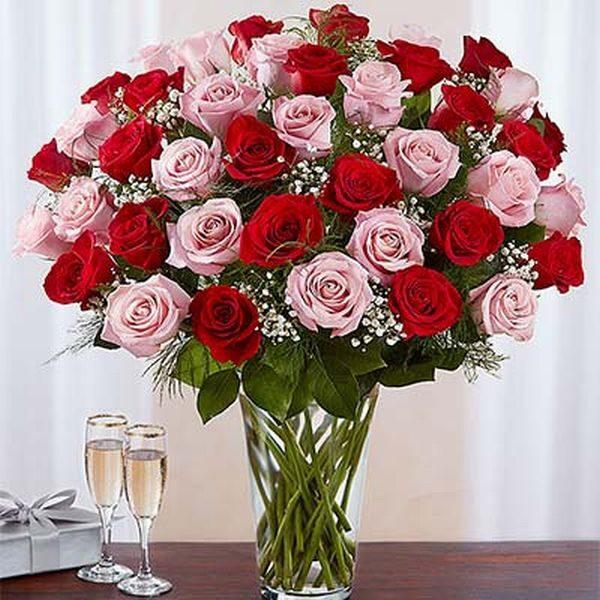 Grand 50 Roses Vase