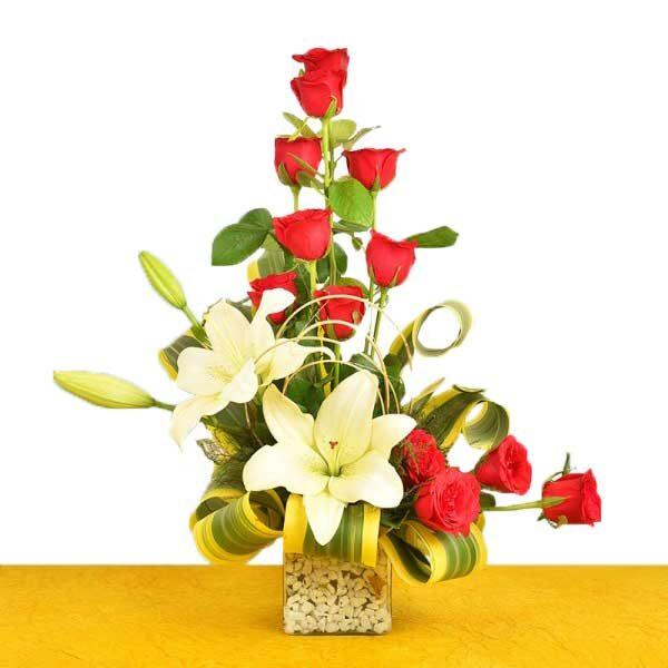 Red Roses N Lilies